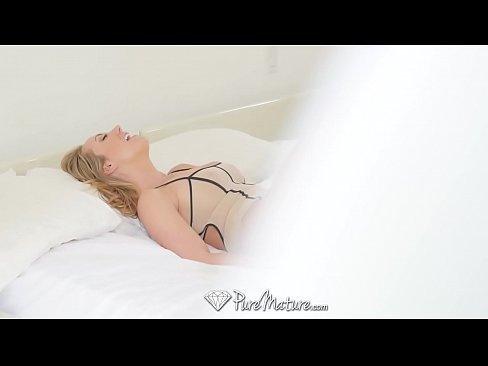 Safada boa do mundo mais xvideos em sexo com o filho